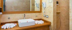 louisa aparthotel dominicana galeria baño