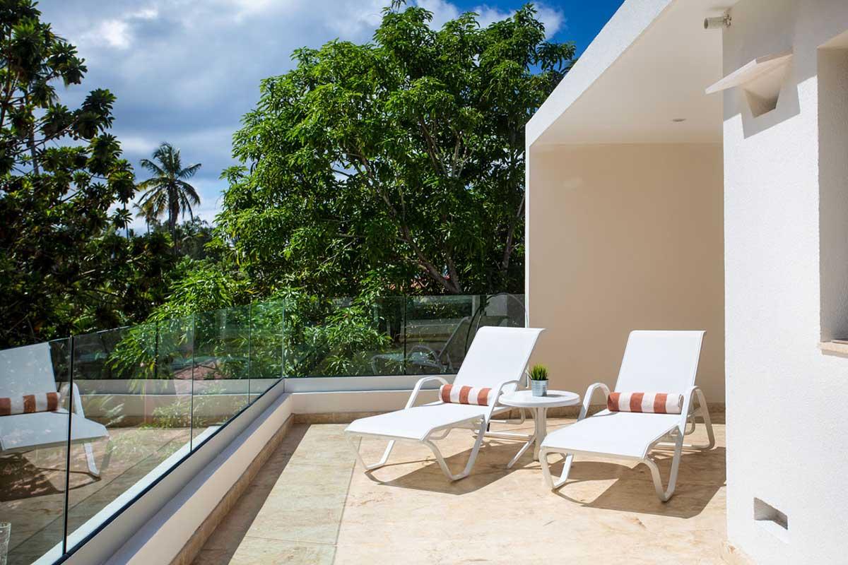 louisa aparthotel dominicana penthouse 2 tumbonas